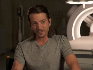 Flatliners: Diego Luna On The Characters' Hunger For Knowledge