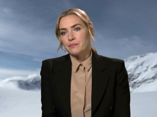 The Mountain Between Us: Kate Winslet On Hany Abu-Assad (International)
