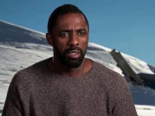 The Mountain Between Us: Idris Elba On the Script (International)