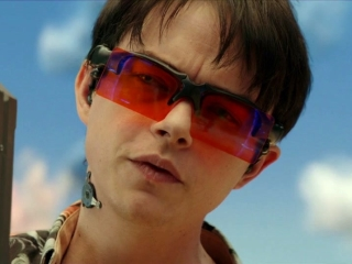 Valerian And The City Of A Thousand Planets: Not A Tea Room