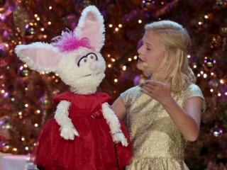 A Very Pentatonix Christmas.A Very Pentatonix Christmas Darci Lynne Farmer Trailer