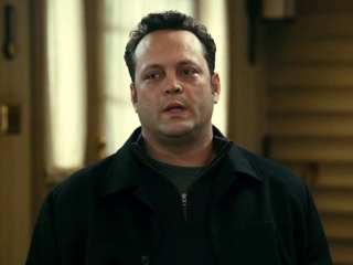 Four Christmases (Clean Trailer)