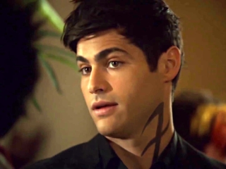 Shadowhunters: The Powers That Be