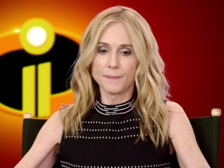 Incredibles 2: Holly Hunter On The Parr Family