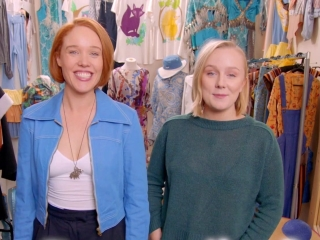 Mamma Mia! Here We Go Again: Costume (Featurette)