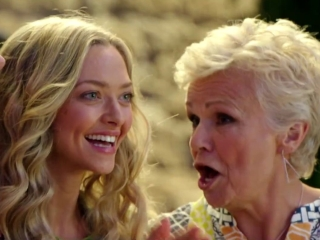 Mamma Mia! Here We Go Again: Dancing Queen (Featurette)