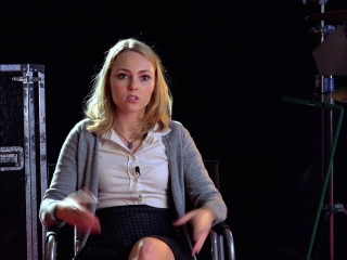 Down A Dark Hall: AnnaSophia Robb On Her Character