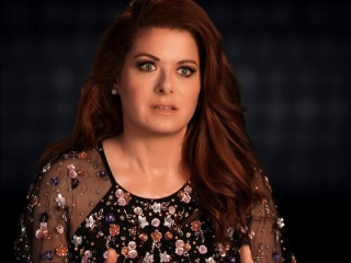 Searching: Debra Messing On Director Aneesh Chaganty
