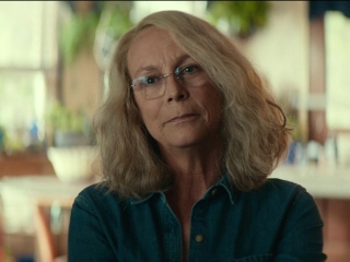 Halloween: A Documentary Crew Meets With Laurie Strode
