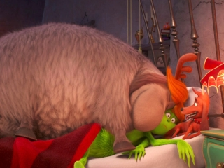 The Grinch: Fred And Max Jump In Bed With The Grinch