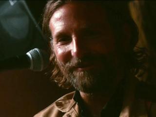 A Star Is Born: Bradley Cooper's Transformation (Featurette)