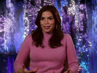 How To Train Your Dragon: The Hidden World: America Ferrera On Berk At The Start Of The Film