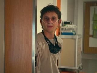 Five Feet Apart: Hot Hospital Romance