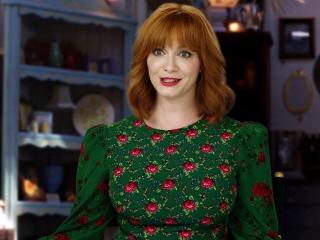 Toy Story 4: Christina Hendricks On Playing 'Gabby Gabby'