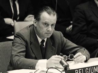 Cold Case Hammarskjold: Hammarskjold The Flaming Idealist