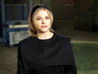 The Addams Family: Chloe Grace Moretz On The Addams Family's Clash With The Norm