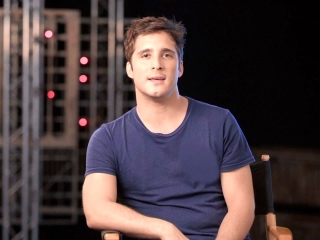 Terminator: Dark Fate: Diego Boneta On His Character 'Diego'