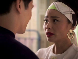 Awkwafina is Nora from Queens: Doctor D-ck vs. Garbage D-ck