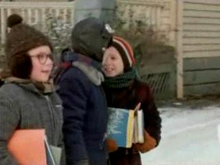 A Christmas Story: Ultimate Collector's Edition: Walk To School