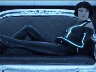 Tron: Legacy (Innovative Design Featurette)
