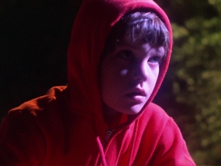 E T The Extra Terrestrial Movie Trailer Reviews And More Tv Guide
