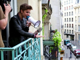 Justin Bieber: Justin In Paris