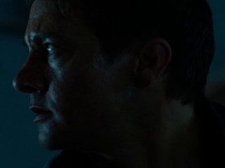 The Bourne Legacy: Aaron Escapes To The Basement