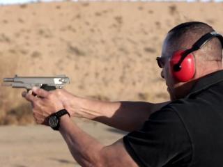 Vice: Gun School/Toxic Iraq