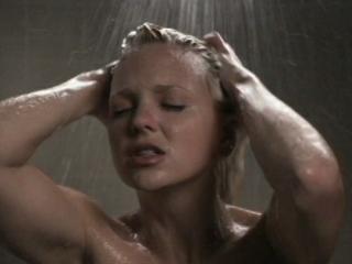 Девушка чихнула в ванной прикол, лучший