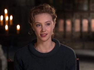 Dracula Untold: Sarah Gadon On Dracula Untold As A Fantasy