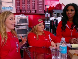 The Celebrity Apprentice: Piers Visits The Women