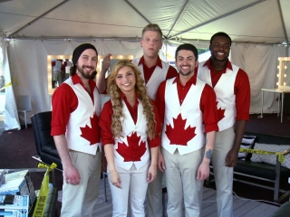 Pitch Perfect 2: The Real A Capellas-Pentatonix (Featurette)